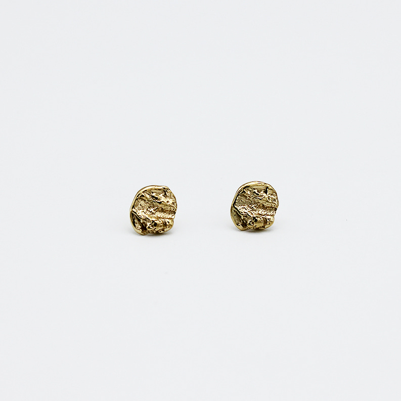 Gold Minimoment Earring
